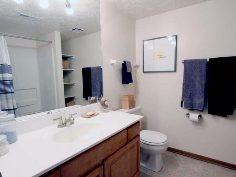 TGM Worthington Green Apartments Bathroom 2